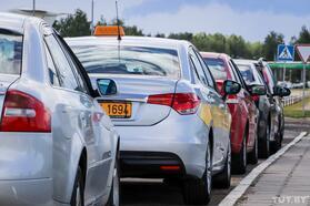 Минских таксистов икурьеров обязали привиться с1ноября. Ноэто неточно