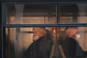 В Беларуси продолжают падать реальные пенсии. Аеще заавгуст страна потеряла больше 29 тысяч пенсионеров