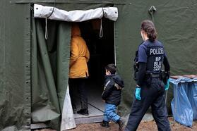 Лагерь для нелегальных мигрантов в городе Айзенхюттенштадт, Германия. 14 октября 2021 года. Фото: Reuters