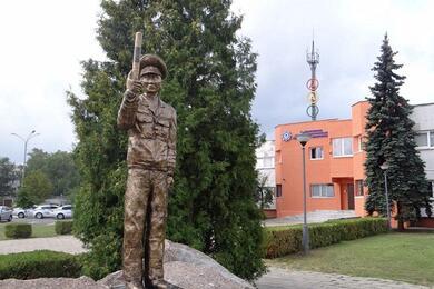 Составили топ-10 необычных белорусских скульптур. Фотофакт