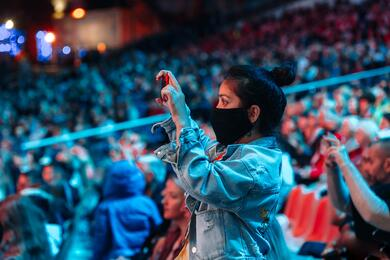 Читатель сообщил, что на«Славянский базар» якобы продали почти все билеты. Посмотрели, такли это