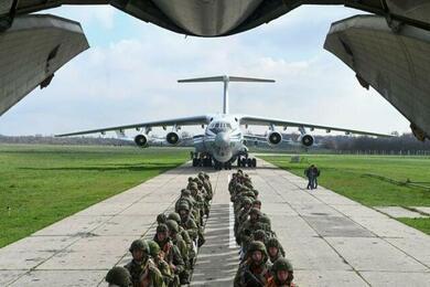 Российские войска останутся вБеларуси после учений? Поговорили своенным экспертом опереживаниях Запада