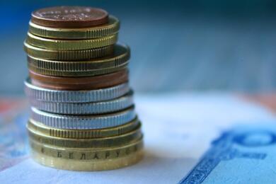 Белстат рассказал, как виюне изменилась средняя зарплата