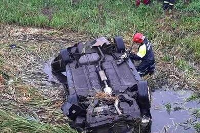 В Столинском районе Hyundai вылетел вмелиоративный канал иперевернулся— погибли два человека