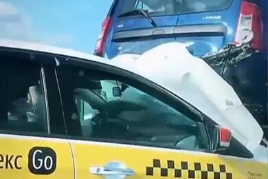 Массовая авария наМКАД: столкнулись поменьшей мере 9 автомобилей