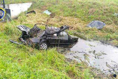 Под Могилевом Mazda оказалась вмелиоративном канале— пострадали четыре человека