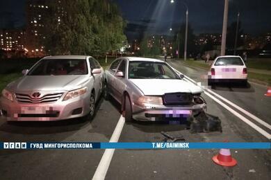 В Минске девушка наVW выехала навстречку ипротаранила два авто