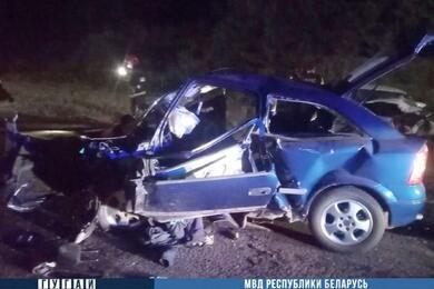Четыре человека погибли влобовой аварии под Ивацевичами