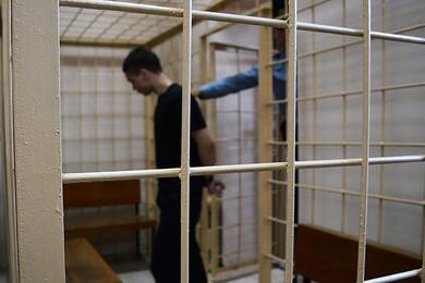 Правозащитники: число политзаключенных вБеларуси приближается к700