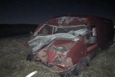 В Ивацевичском районе водитель микроавтобуса уснул зарулем иврезался вгрузовик