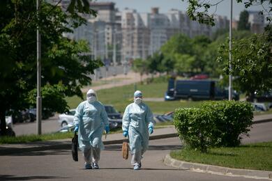 Природа или лаборатория вКитае? ВОЗ продолжит расследование происхождения коронавируса