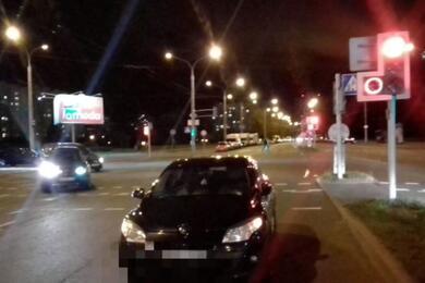 В Минске легковушка сбила 14-летнего парня насамокате