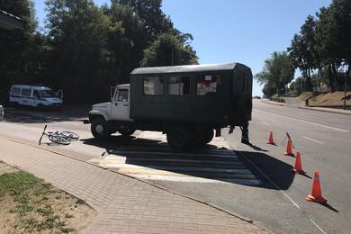 В Орше грузовик сбил 11-летнего велосипедиста
