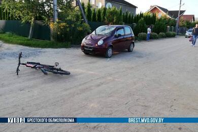 В Кобрине женщина наDaewoo сбила 12-летнего велосипедиста
