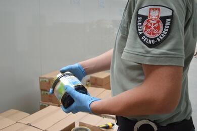 В Польше задержали белорусского дальнобойщика сконтрабандным табаком на4млневро