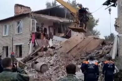 В Липецкой области взрыв газа разрушил подъезд жилого дома— погибли три человека