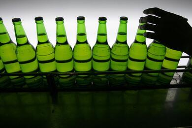 В Беларуси могут заметно подорожать алкоголь, сигареты ижидкость для электронных сигарет. Поясняем почему
