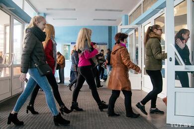 Чиновники хотят еще больше оптимизировать число работников. Из-за этого прогнозируют рост безработицы