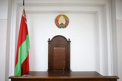 Правозащитники: семью изМинска увезли вКГБ, апозже судили занеповиновение милиции