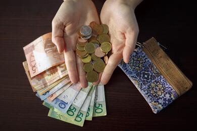 В Беларуси сменился самый бедный район. Всамом богатом средняя зарплата превысила 2200 рублей
