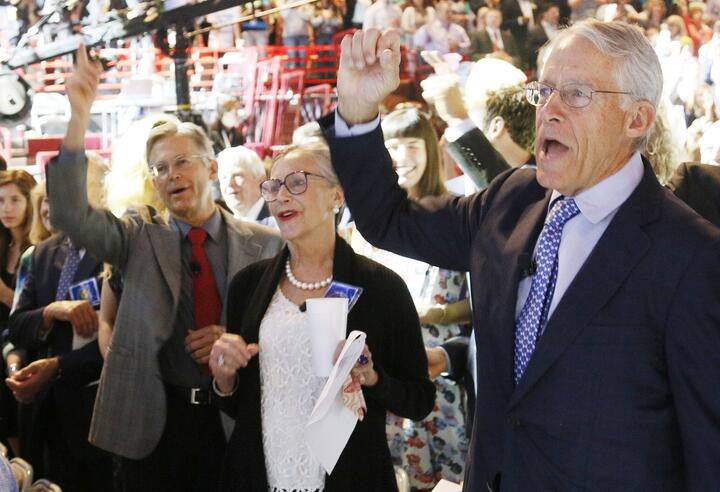 Джим Уолтон, Элис Уолтон и Роб Уолтон. Фото: Reuters