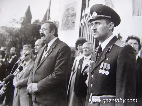 Историк Михаил Ткачев, первый председатель Белорусской социал-демократической Грамады (слева) и Николай Статкевич. Фото: gazetaby.com