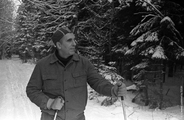 Нил Гилевич на лыжной прогулке в 1984 году, Минск. Фото: Е. Коктыш