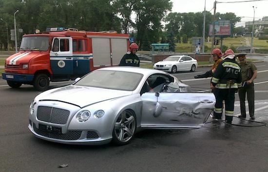 Машина Михаила Захарова после ДТП. Фото: TUT.BY
