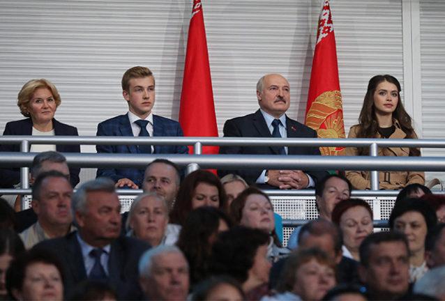 Николай Лукашенко, Александр Лукашенко и Мария Василевич на «Славянском базаре». Фото: president.gov.by